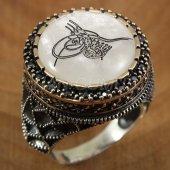 925 Ayar Gümüş Erkek Yüzük Siyah Taşlı Osmanlı Tuğrası Motifli Sedef
