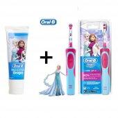 Oral B Şarjlı Diş Fırçası Vitality Frozen + Oralb Stages Frozen 75 Ml