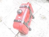 E 89 Pancar Motor Mazot Deposu 10 Lt Köşeli Kelepçeli