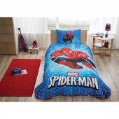 Taç Lisanslı Tek Kişilik Yatak Örtüsü Spiderman Skyscape