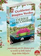 çiçeklerimi Rüzgara Verdim Debbie Macomber Martı Yayınları
