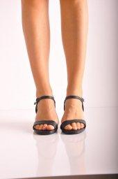 Bayan Günlük Topuklu Ayakkabı 73 Siyah Mat