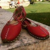 Kırmızı Bayan Çarık Yemeni