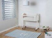 Mavi Çapalı Çocuk Odası Halısı