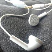 Apple İphone 6s Plus Mku82tua Kulaklık Mikrofonlu Kablolu Stereo 3.5 Mm Kulaküstü Sağlam Uzun Ömürlü