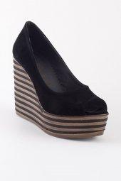 Ciri Siyah Süet Burnu Açık Dolgu Topuk Bayan Ayakkabı