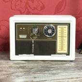 Radyo Tasarımlı Metal Kilitli Kasa Kumbara