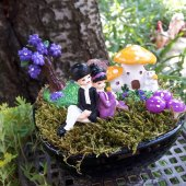 Piknik Yapan Aşık Çift Minyatür Bahçe