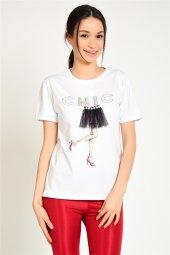 önü Taşlı Baskılı Kadın T Shirt