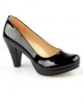 Siyah Renk Kalın Platform Topuk Bayan Ayakkabı