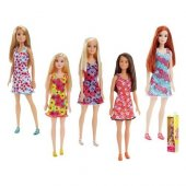 Barbie Şık Barbie Bebek T7439