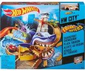 Hot Wheels Renk Değiştıren Araçlar Sharky Yarış Seti Bgk04