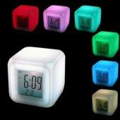 7 Renk Değiştiren Alarmlı Dijital Küp Saat Ücretsiz Kargo