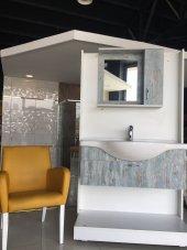 105 Cm Lavabo Banyo Dolabı Tek Kapak Raf Aynalı Etajerli Üst Ünite.