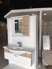 105 Cm Lavabo Banyo Dolabı Tek Kapak Raf Aynalı Etajerli Üst Ünite