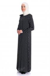 Yakası Lastikli Puantiyeli Siyah Tesettür Elbise...
