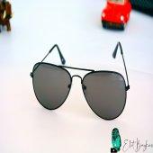 Siyah Şık Gözlük
